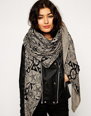oversized scarf ksuvilm