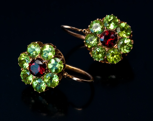 How Do Jewelries Made With Peridot Look Like?