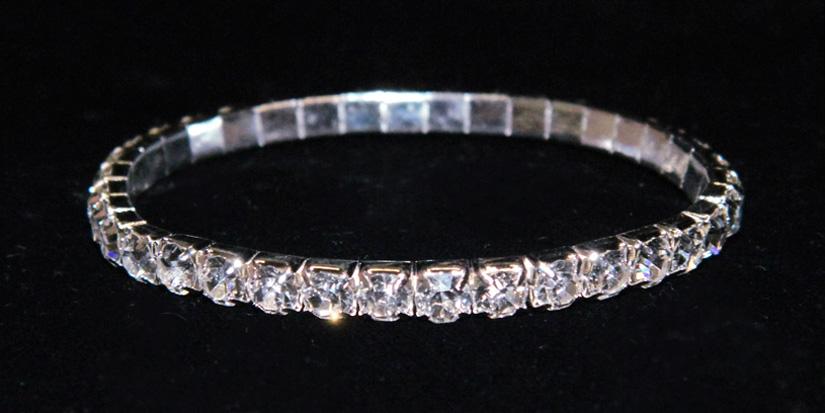 The aesthetics of rhinestone bracelets