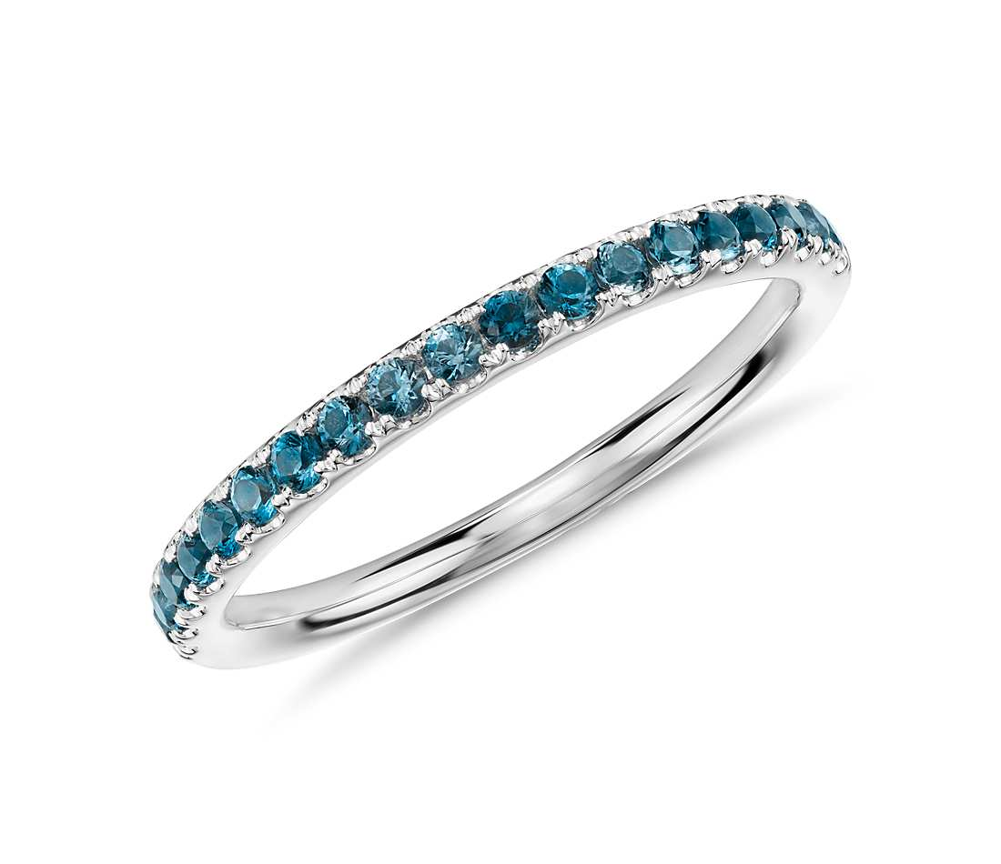 riviera pavé blue topaz ring in 14k white gold (1.5mm) gwumibu