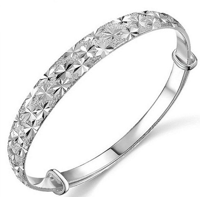 Silver bracelets for women to accentuate their style