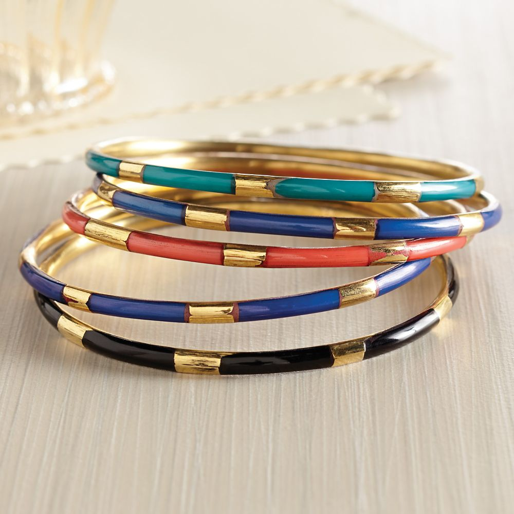 The importance of checking the material of bangle bracelets before buying it