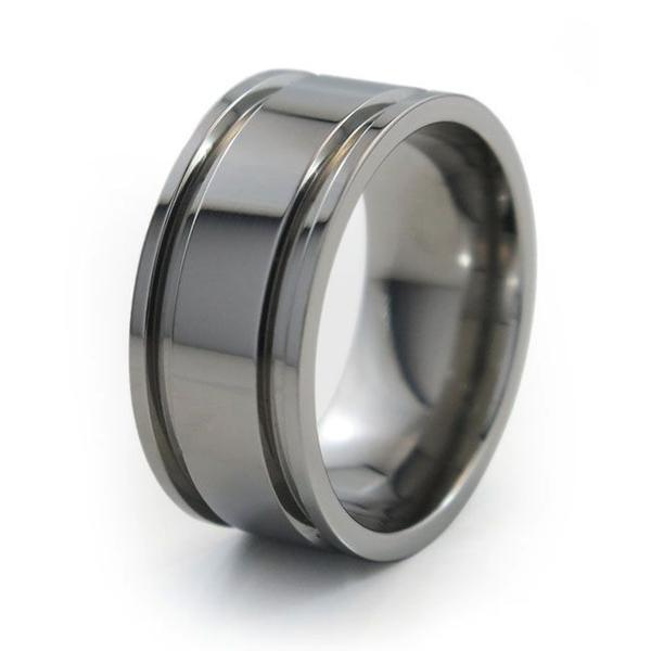 This Wedding Season, Go For Titanium Wedding Rings
