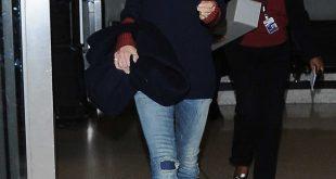 victoria beckham jeans victoria beckham wears r13 mended blue skinny jeans sizflmd