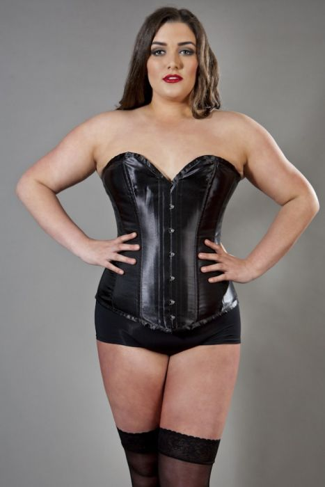 victorian overbust plus size corset in black satin yigsdxj