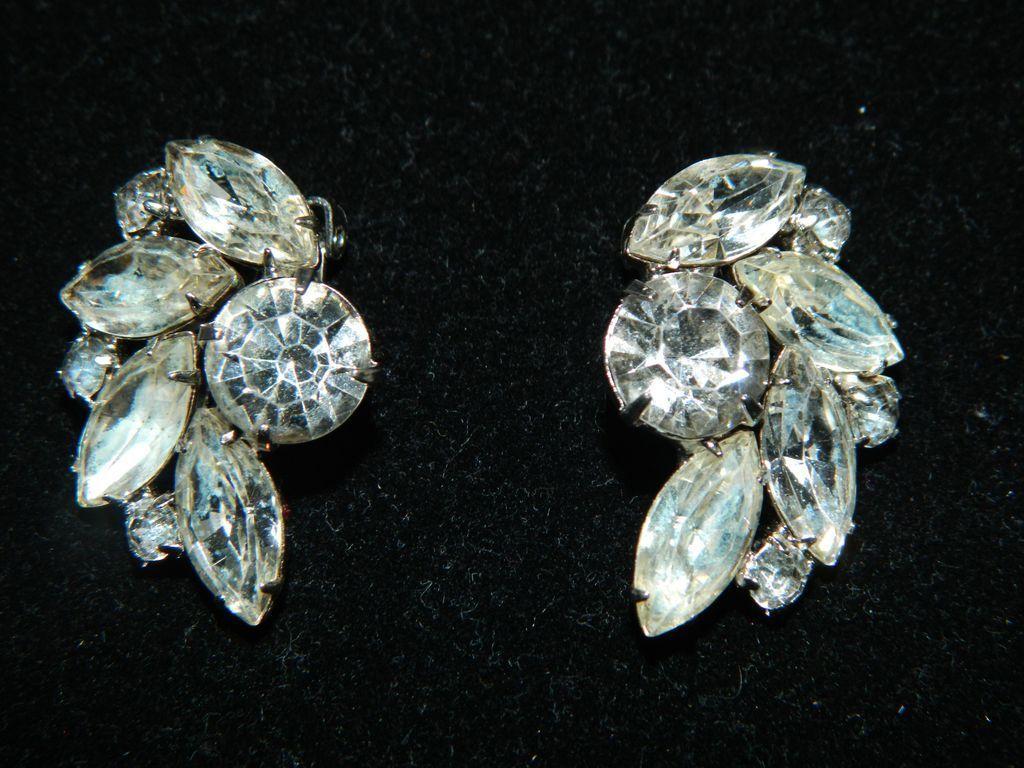 vintage signed garne clear rhinestone earrings from theontowl uuwqbge