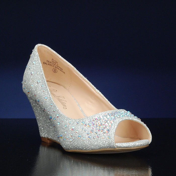 wedge wedding shoes for bride what are the benefits of wedding shoes wedges 1238
