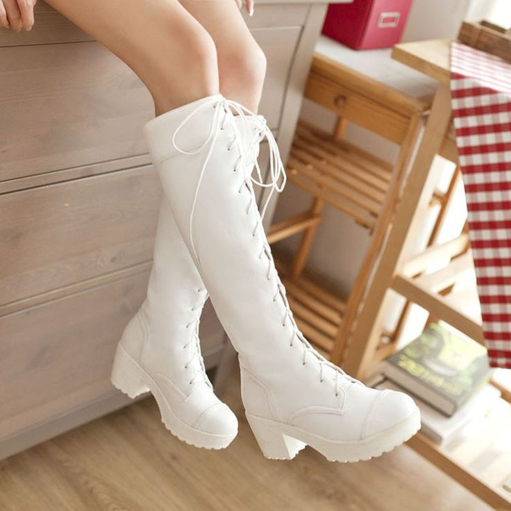 When To Wear White Boots