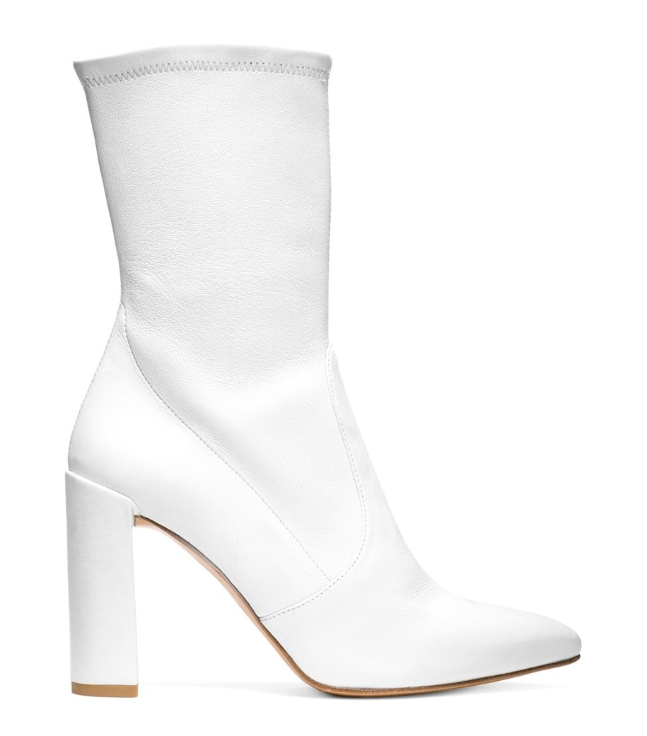 white boots photo: stuart weitzman mdvoevn