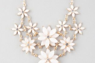 white necklace full tilt 2 row facet flower statement necklace ($9.99) ❤ liked on polyvore  featuring wpiqexz