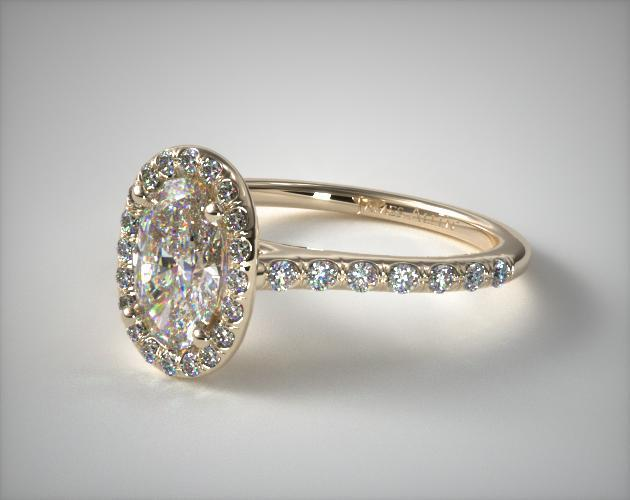 Glittering yellow gold engagement rings