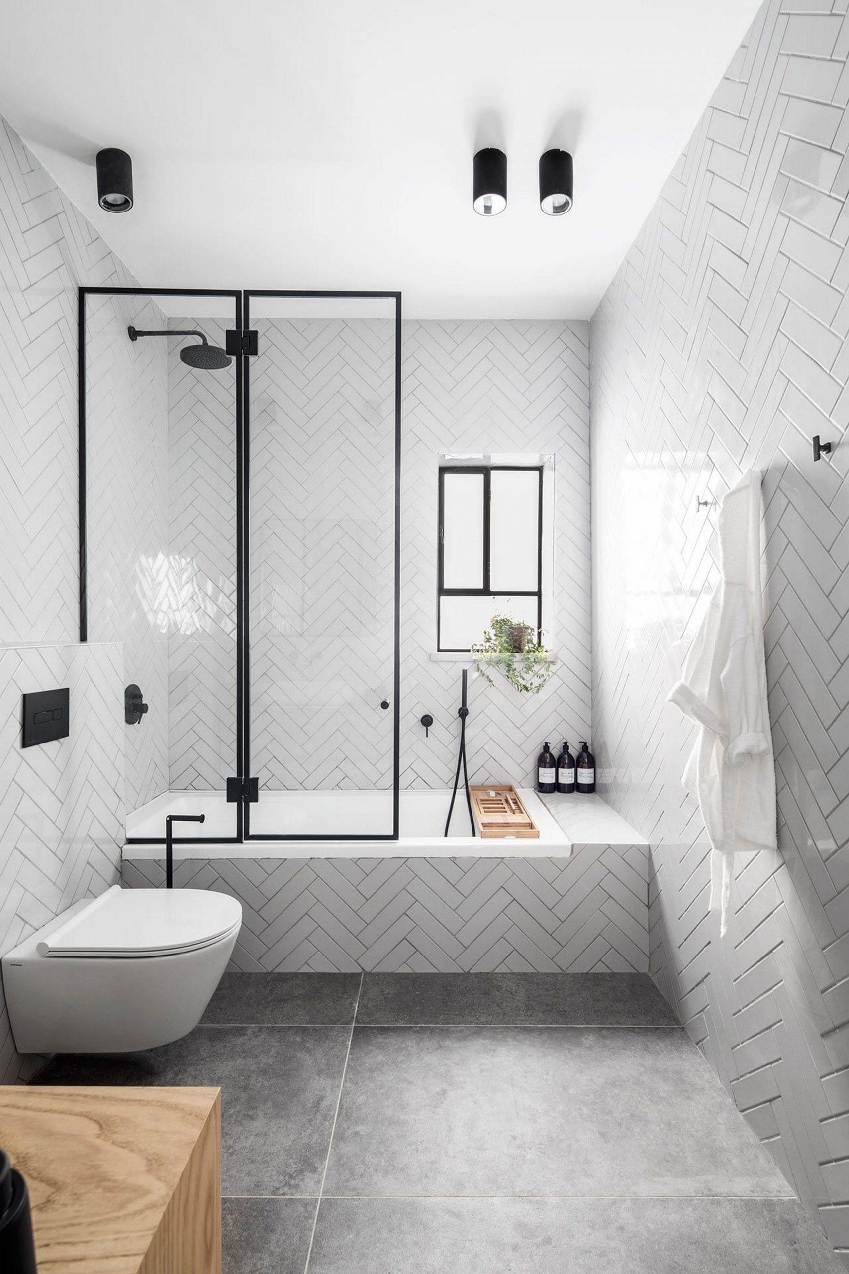 Small bathroom ideas to make it feel spacious 1