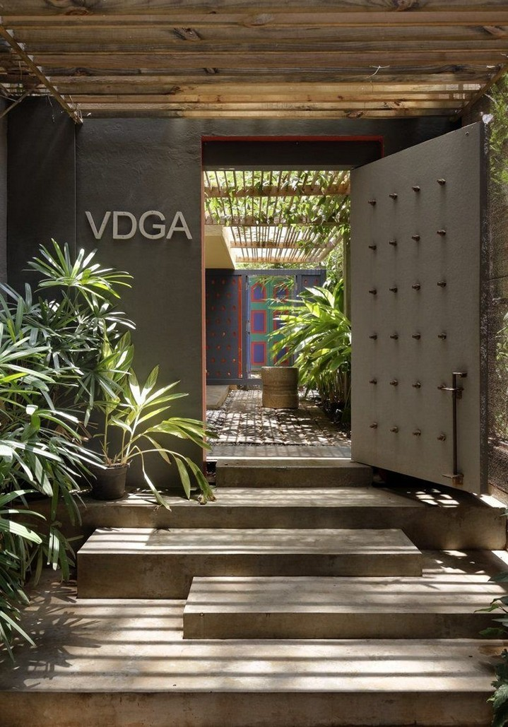 25+ great ideas for office entrance doors 4