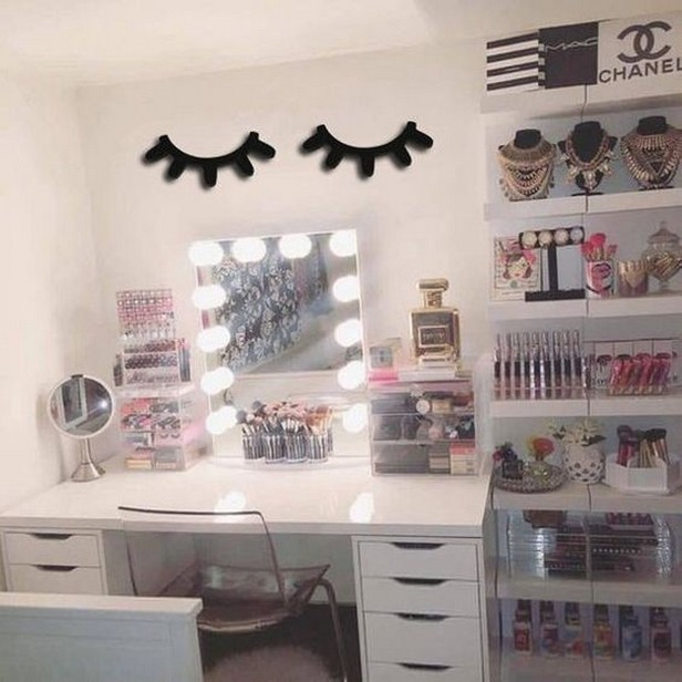 30 adorable makeup mirrors with lighting for a fashionable experience 26