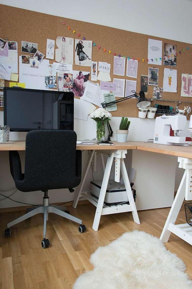 35 shocking home office with a cork wall 11
