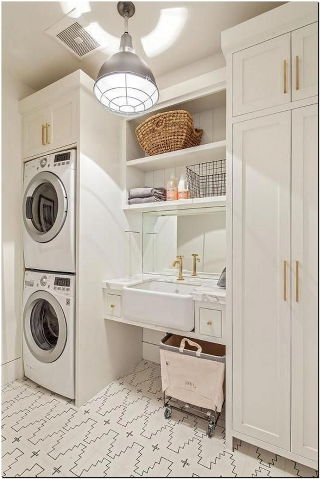 40+ extraordinary design and decoration ideas for small laundry rooms 44