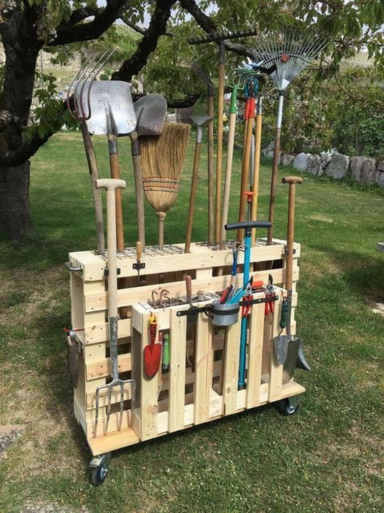 43 Clever Garden Tool Storage Ideas To Use To Organize Your Stuff 2