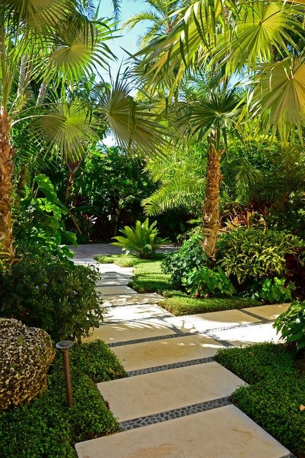 50 Attractive Tropical Landscaping Ideas to Freshen Up Your Garden 48