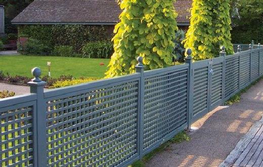 Amazing low maintenance privacy fence ideas 34   homezide