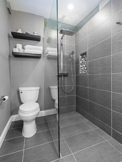 41 Small Master Bathroom Design Ideas   Sebring Design Bui