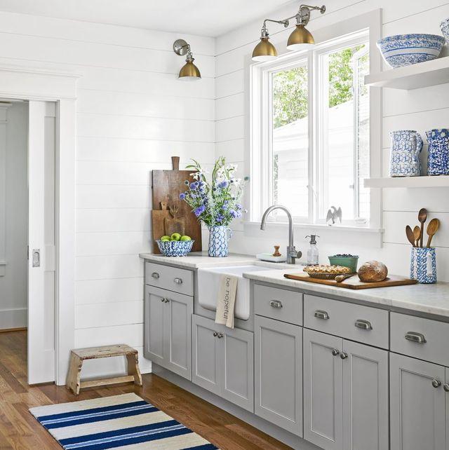15 Best Galley Kitchen Design Ideas - Remodel Tips for Galley Kitche