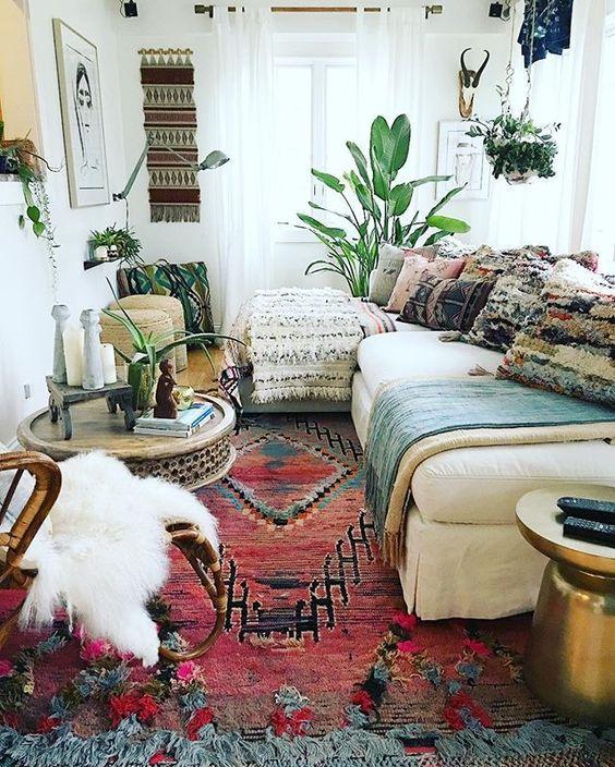 bohemian living room decorating idea 10   Bohemian living rooms .