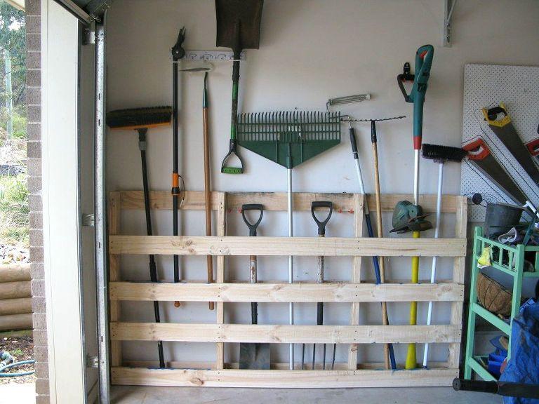 Clever Garage Organization