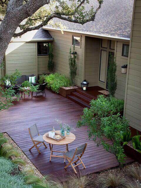 27 Cozy Small Backyard Deck Designs | Deck designs backyard, Small .