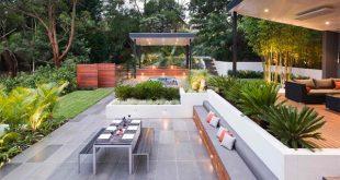 15 Contemporary Backyard Patio Designs   Home Design Lov