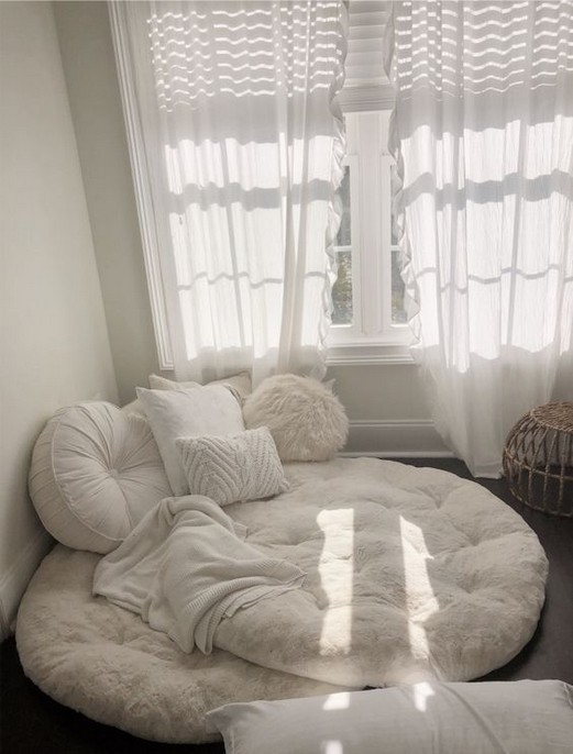 Cozy Minimalist Simple Bedroom Design - Bedroom Desi