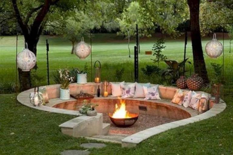 Extraordinary Fire Pit Design Ideas for Backyard