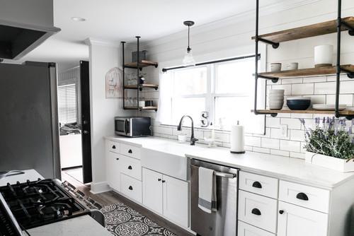 Fashionable Small Kitchen Design