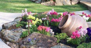 63+ Beautiful Front Yard Rock Garden Landscaping Ideas .