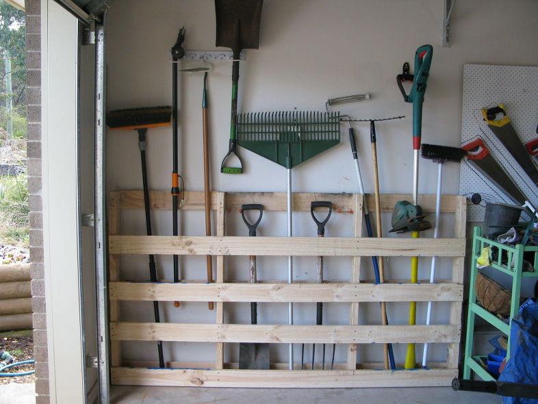 25 Garden Tool Storage DIY Ideas | Guide Patter