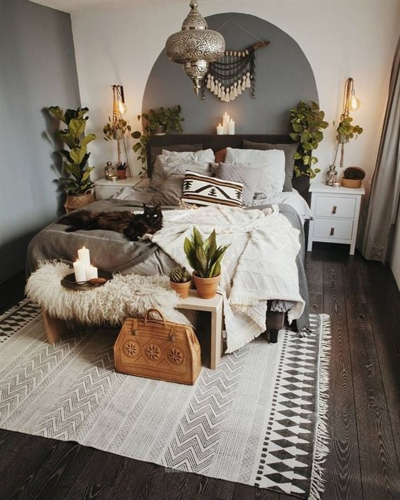 Minimalist Boho Bedroom - Interior Design Ideas & Home Decorating .