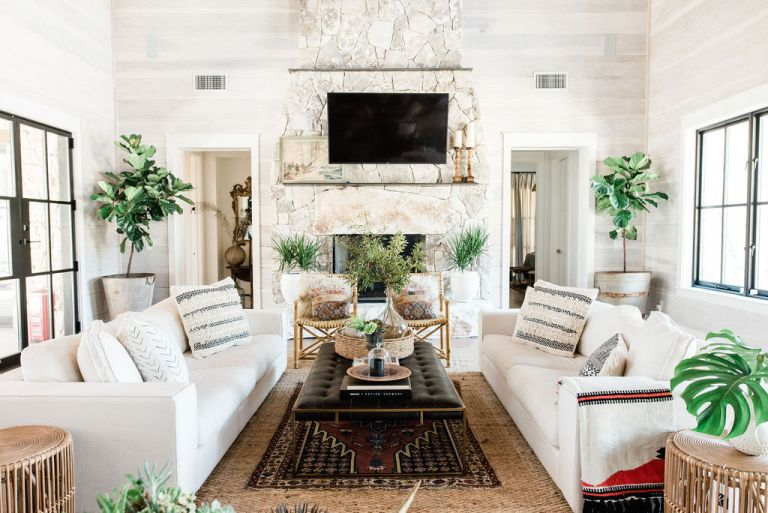 13 farmhouse living room ideas you can recreate in your home .