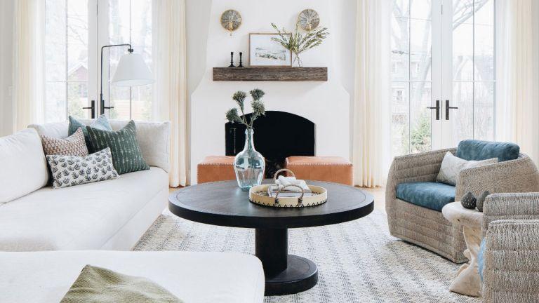 15 Modern Farmhouse Living Room Ideas – rustic design inspiration .