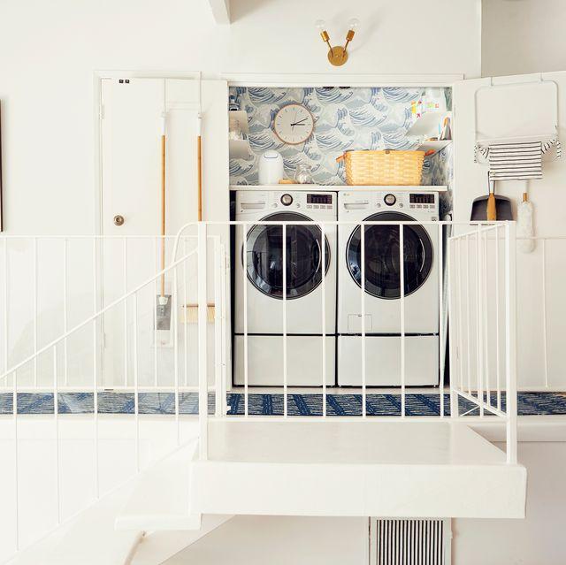 Organized Laundry Room Decoration and   Storage Ideas