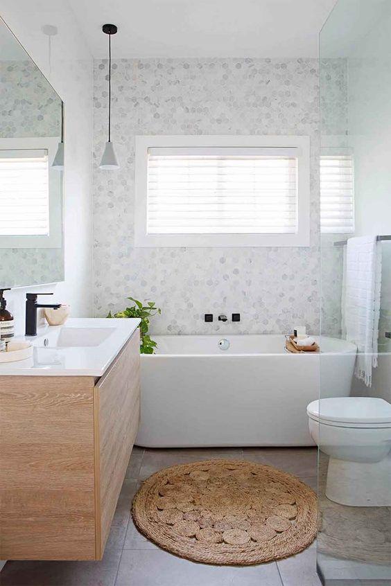 45 Creative Small Bathroom Ideas and Designs — RenoGuide .