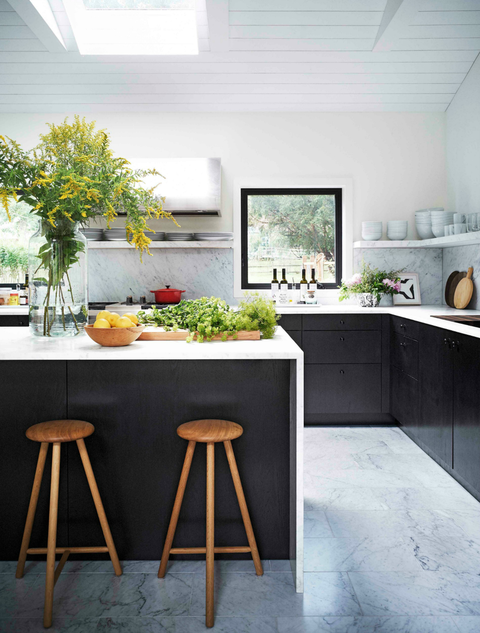 21 Black Kitchen Cabinet Ideas - Black Cabinetry and Cupboar