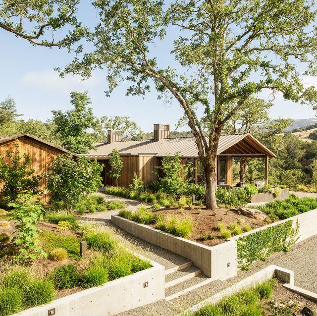 60 Beautiful Landscaping Ideas - Best Backyard Landscape Design .