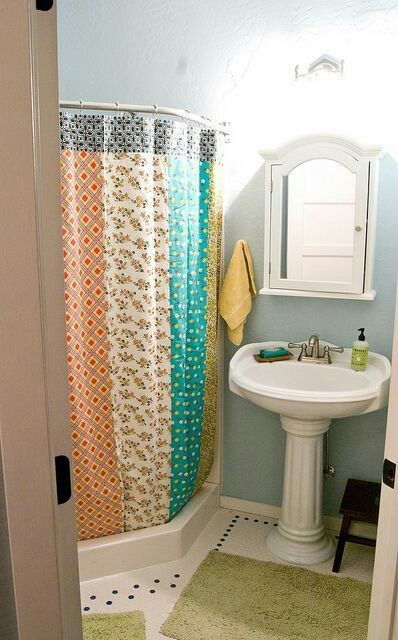 Pin by Arquitrecos - Blog on Banheiros   Corner shower, Shabby .
