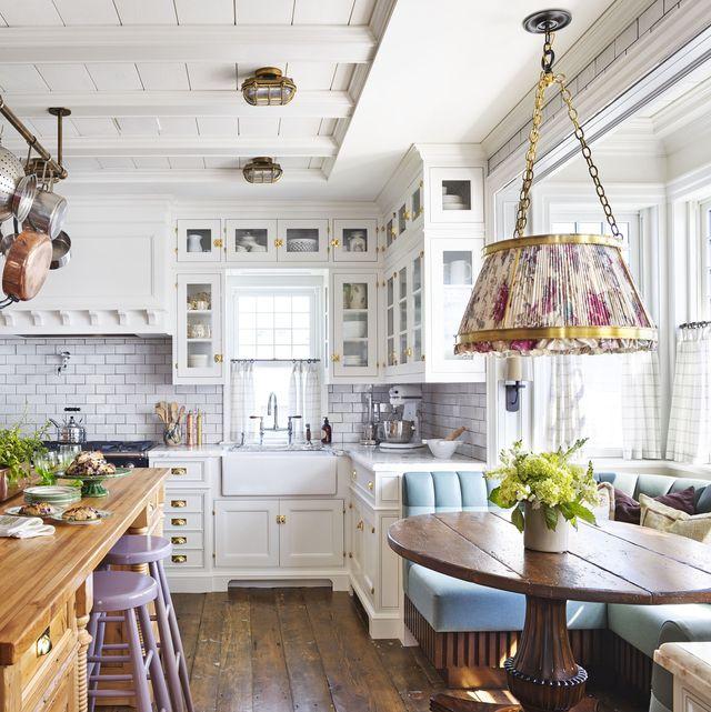 43 Best White Kitchen Ideas 2021 - White Kitchen Designs and Dec